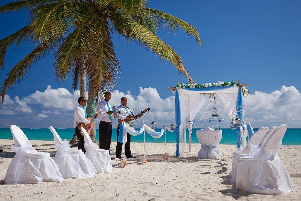 Романтическая свадебная церемония в Доминикане!