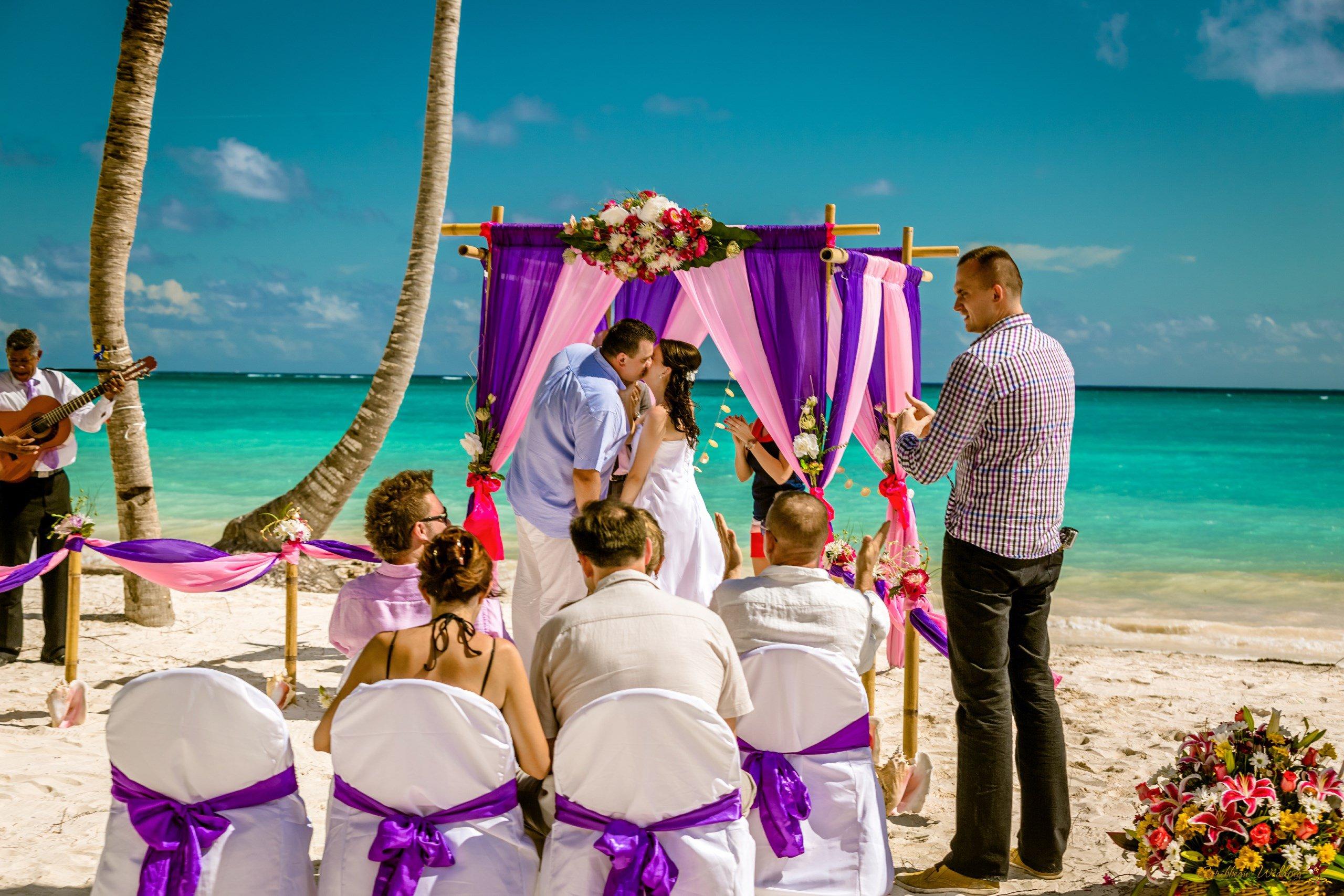 Фото свадебной церемонии на пляже