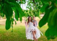 Свадьба в саду с видом на озеро