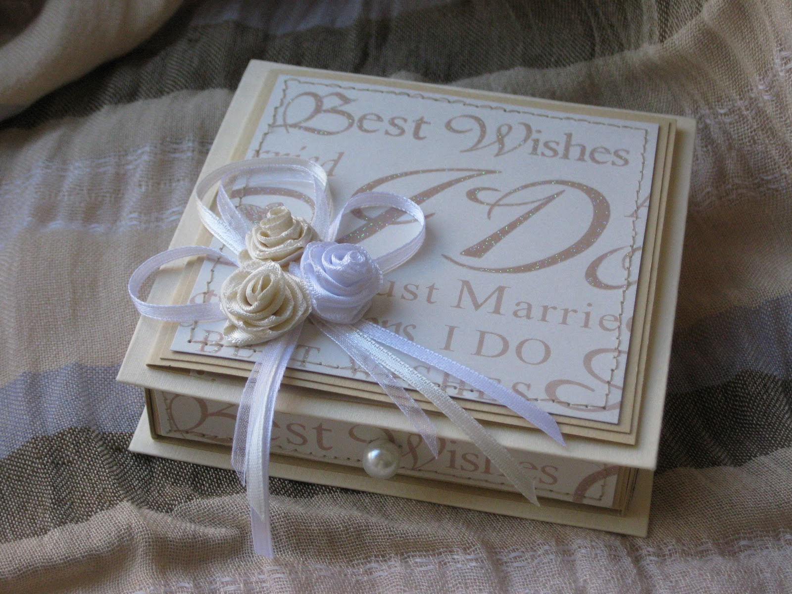 Фото подарок на свадьбу своими руками фото