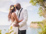 Свадьба в Доминикане в пляжном ресторане с 60-ю гостями {Ким и Эди}