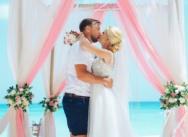 Нежная свадьба в пастельных тонах на острове Саона {Михаил и Александра}