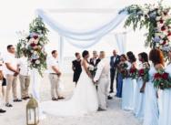 Свадьба с гостями в ресторане Club Hemingway в Доминикане {Сантос и Таня}