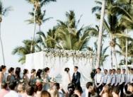 Свадьба с гостями в пляжном клубе Pearl Beach {Вики и Крис}